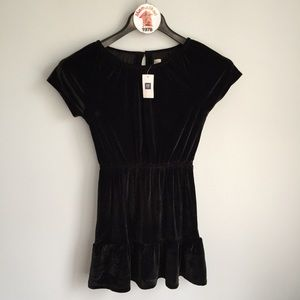 NWT GAP Girls Black Velour Dress